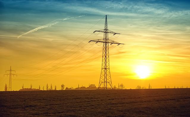 soumrak a elektrická vedení.jpg